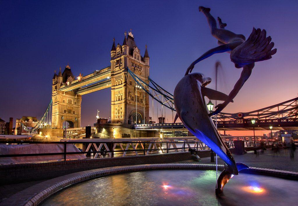 london-3078109_1280-1024x710